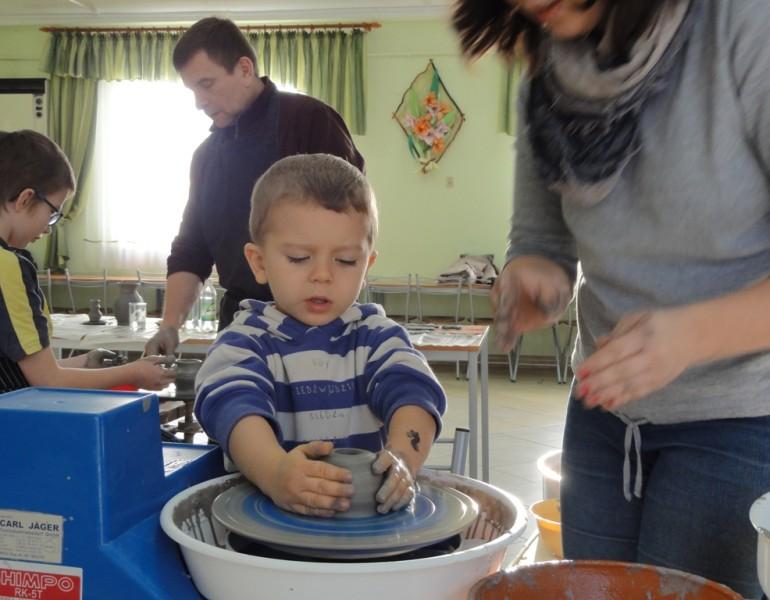 Warsztaty ceramiczno – garncarskie w Bortatyczach
