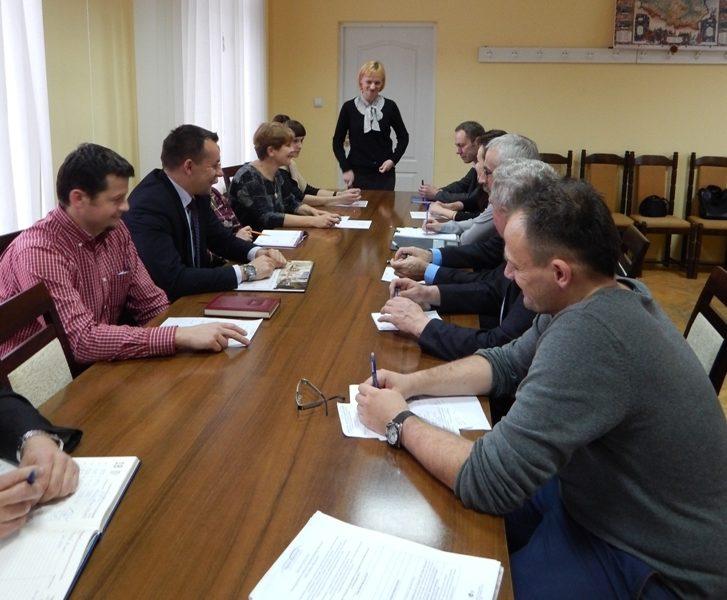 Ocena partycypacyjna grup defaworyzowanych – konsultacje kryteriów wyboru projektów