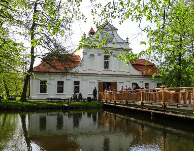 Kościół pw św. Jana Nepomucena w Zwierzyńcu