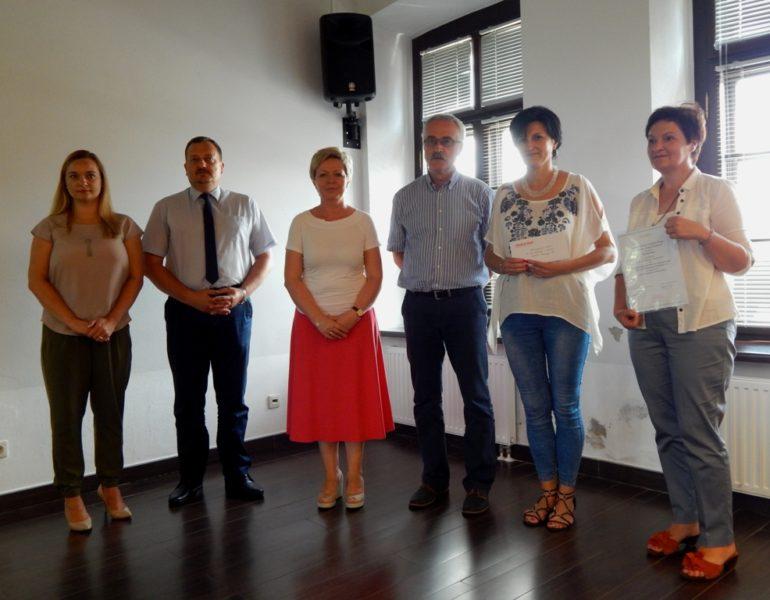 Wyróżnienie w konkursie Liderzy Lokalnych Społeczności – Stowarzyszenie Kobiet na rzecz promocji i rozwoju środowisk lokalnych 28+
